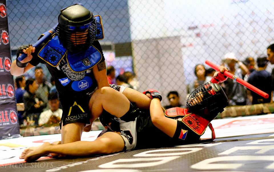 Showcasing History: Weaponized cage fighting, knife fighting brought to the masses at martial arts convention in Philippines. http://bit.ly/2PJ0QQK via @raymundomark