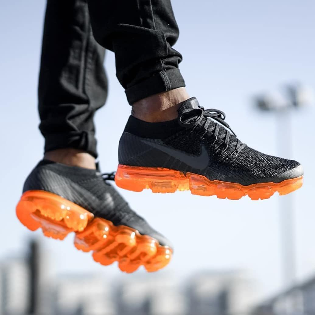 Nike Air VaporMax Flyknit 'Rush Orange