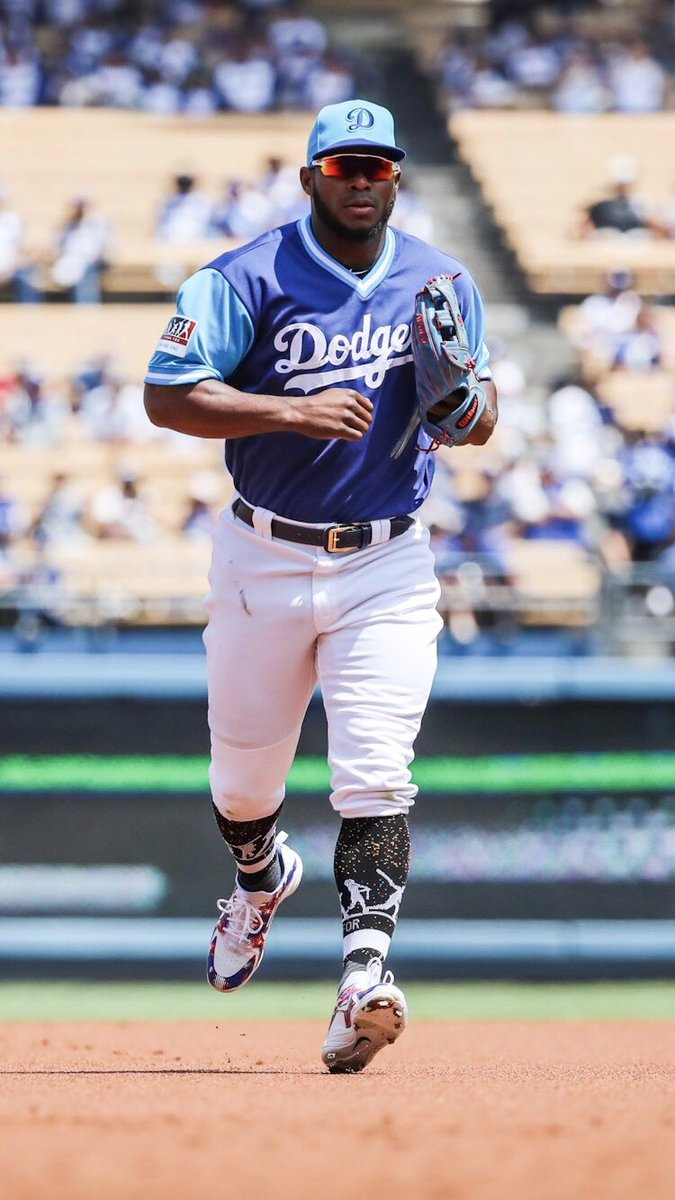 c8a34f33a97600 Los Angeles Dodgers on Twitter: