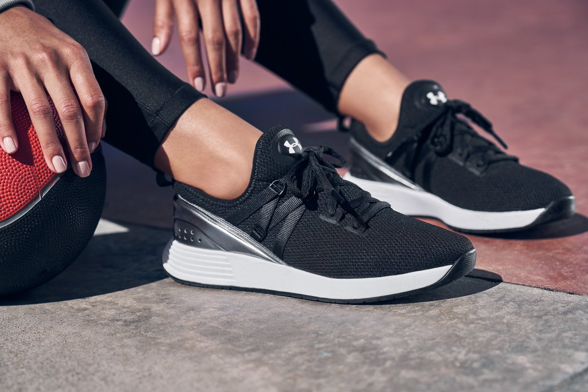 Under Armour Womens Breathe Trainer Sneaker