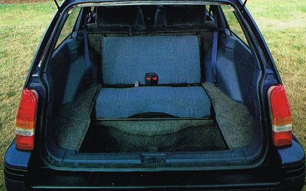 Terrific The Car Factoids On Twitter With The Rear Facing Seats Dailytribune Chair Design For Home Dailytribuneorg