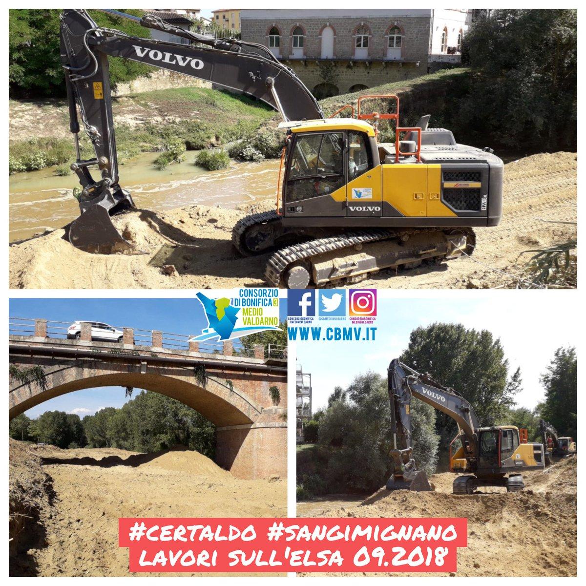 #Certaldo #SanGimignano, zona Steccaia si lavora in amministrazione diretta per la movimentazione del materiale sedimentato in alveo del Fiume #Elsa per ritrovare il massimo della luce sotto il ponte prima dell\