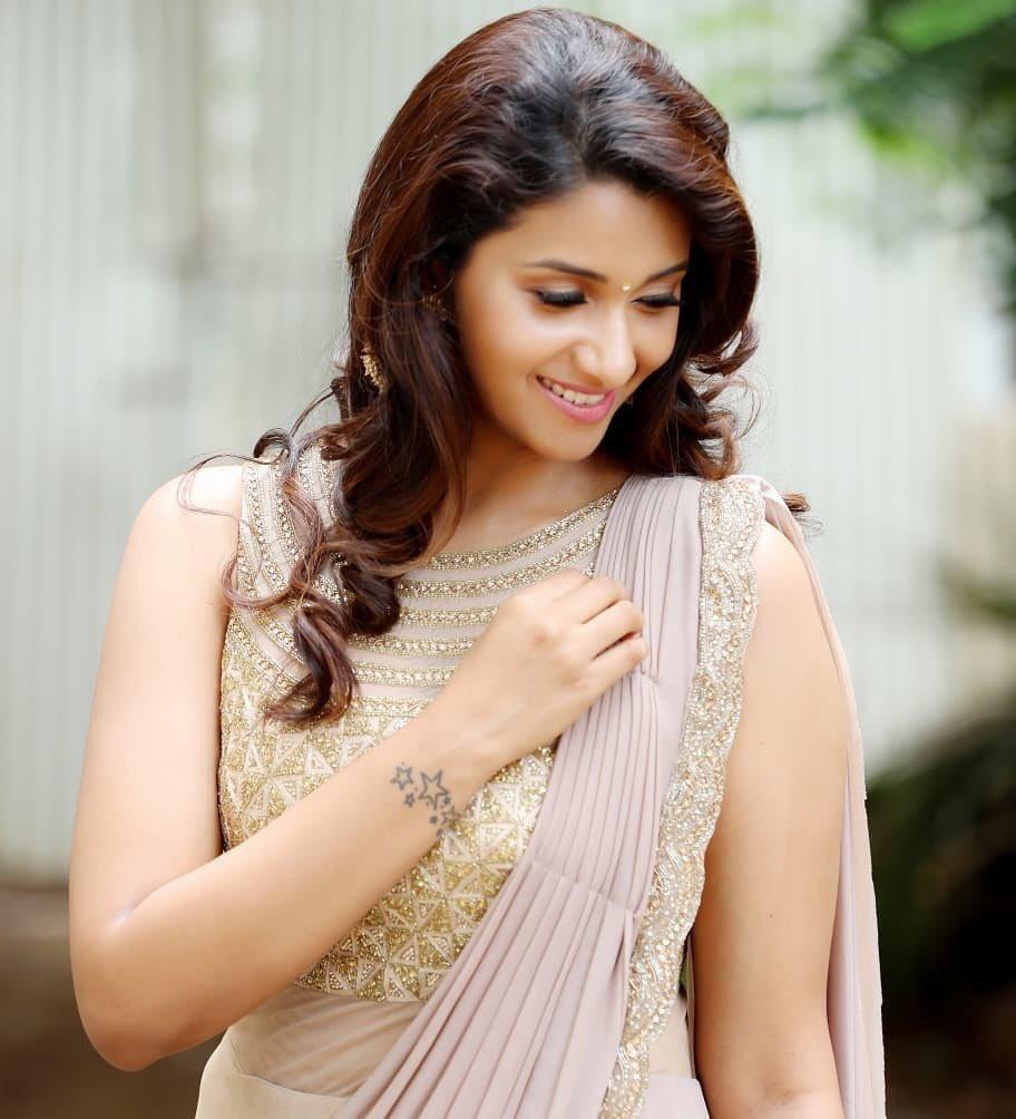 "Actress Priya Bhavani Shankar Latest Photo Stills: Toptamilnews On Twitter: ""நடிகை பிரியா பவானி ஷங்கர்"