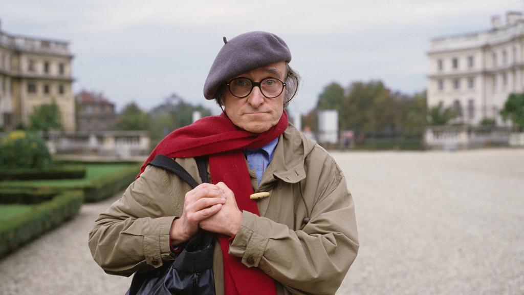 Con la scomparsa di Guido #Ceronetti, nato a Torino 91 anni fa, perdiamo un pensatore, un poeta, uno scrittore dalle espressioni graffianti, un acuto osservatore della realtà vista con approcci non convenzionali. Un intellettuale eclettico di cui sentiremo la mancanza  - Ukustom