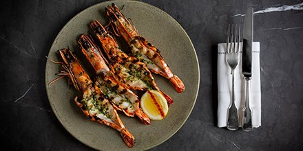 Win a 3-course dinner for 2 at @HotelCafeRoyals new grill and sushi bar! Sample a delicious range of steak, fish, seafood and sushi created by chef Laurent Tourondel 😍🍱 👉 goo.gl/4wf9jg