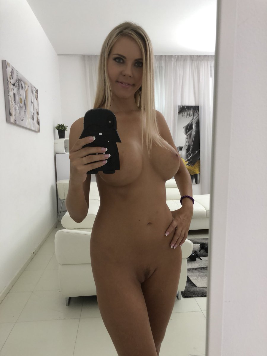 Hot twitter sex actor
