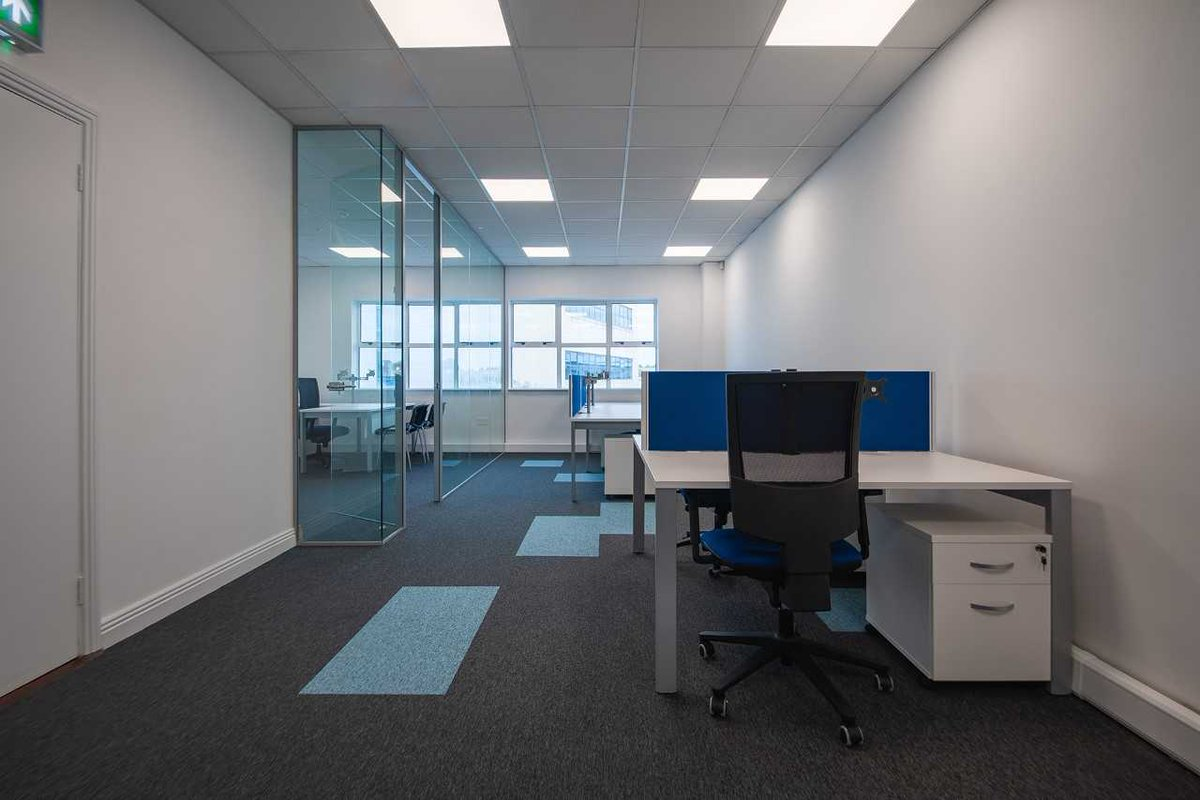 Huntoffice Interiors On Twitter Turning A Small Office Space Into A Stylish Practical Efficient Workspace Officefitout Officeinteriordesign Fitoutsolutions Glazedpartitions Desksolutions Flooring Https T Co Rwtgvpimoe Https T Co