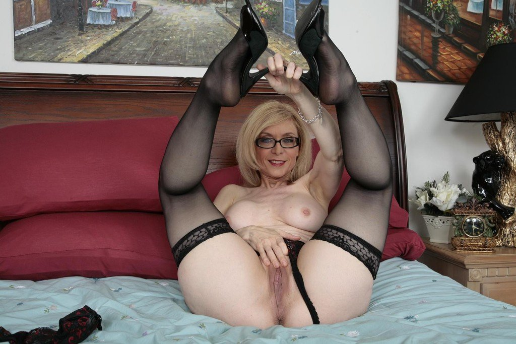 Nina hartley and young woman video, his first huge cock free