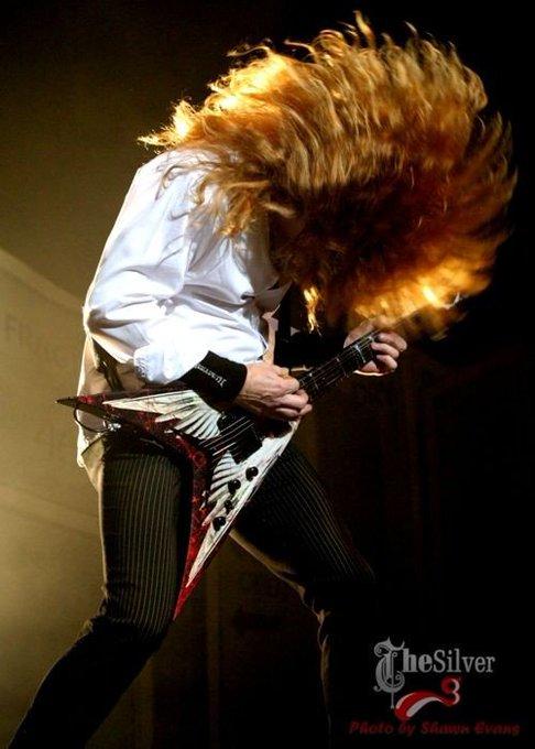 OMG my first love, happy birthday  GOD Dave Mustaine