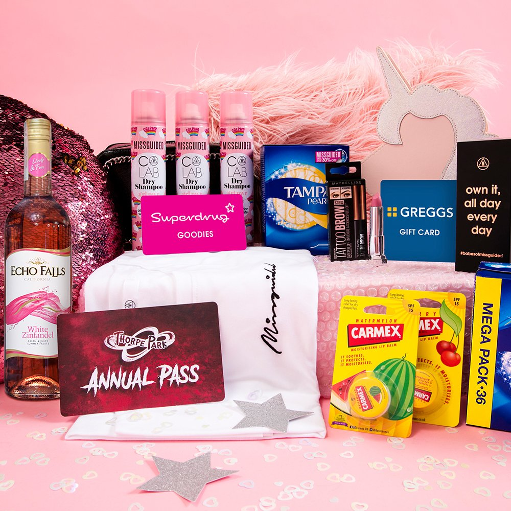 FOLLOW + RT for your chance to win a YEARS SUPPLY OF STUDENT ESSENTIALS 🎓💸 this includes a Missguided gift voucher worth £3K and a year's supply of essentials from @COLABhair, @maybellineNYUK, @Tampax, @Carmex, @GreggsOfficial, @superdrug, @echo_falls and @THORPEPARK.