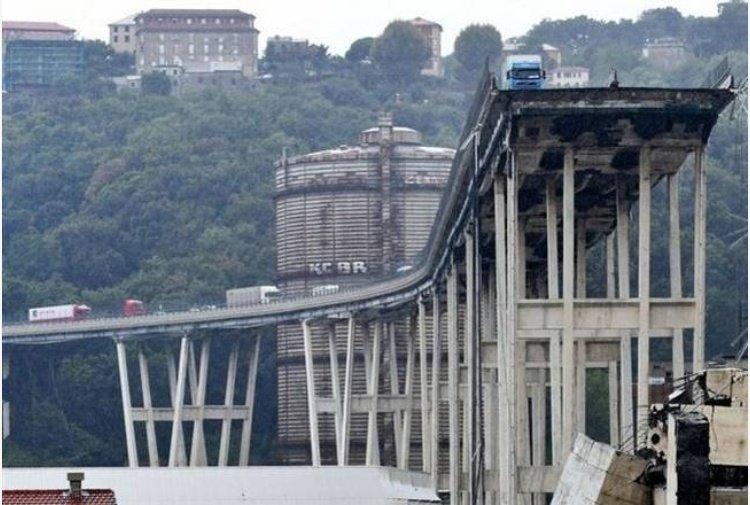 """Dal decreto per la ricostruzione del #ponteMorandi scompare la parola #Genova.  E diventa """"Urgenze"""", ma è  in alto mare. I retroscena di @paoloerusso per #TiscaliNews https://notizie.tiscali.it/cronaca/articoli/Ricostruzione-del-ponte-Morandi-scompare-la-parola-Genova/  - Ukustom"""