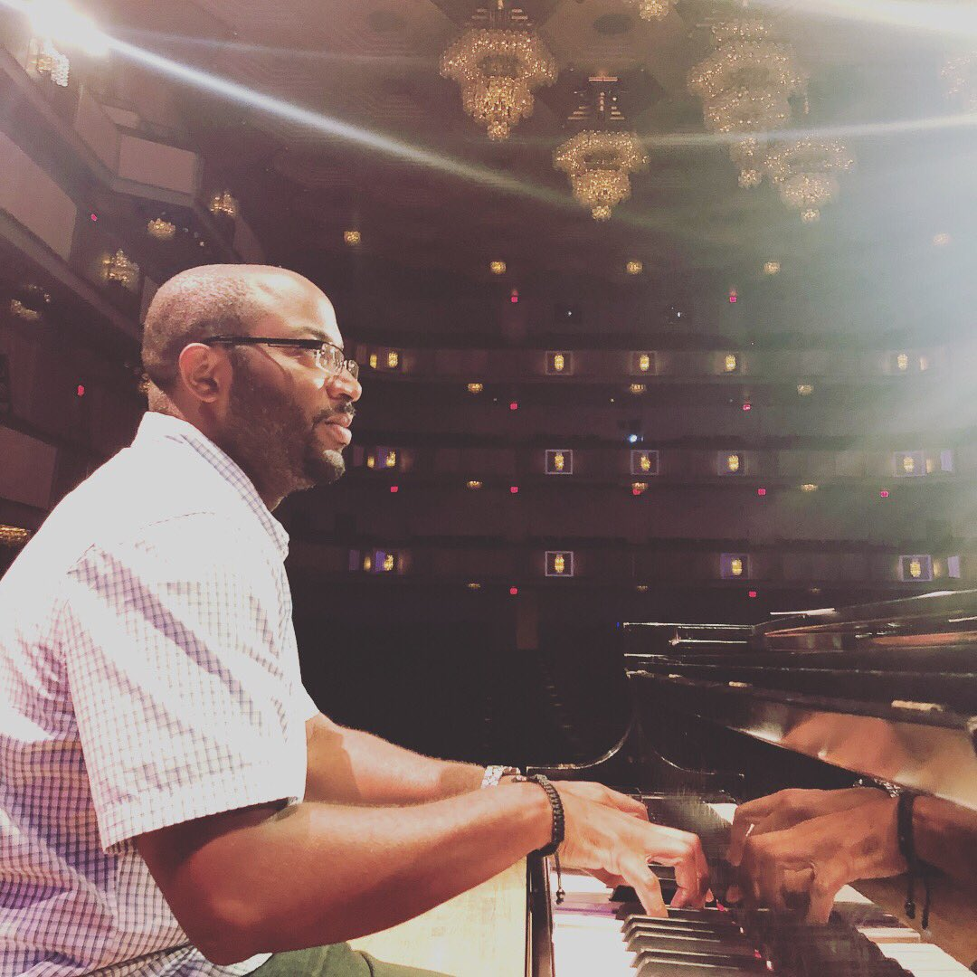 Humbled to serve as Music Director and celebrate the incredible life and legacy of Aretha Franklin @kencen #thankful #musicexcellence #legacy<br>http://pic.twitter.com/ZYip3oPTjc