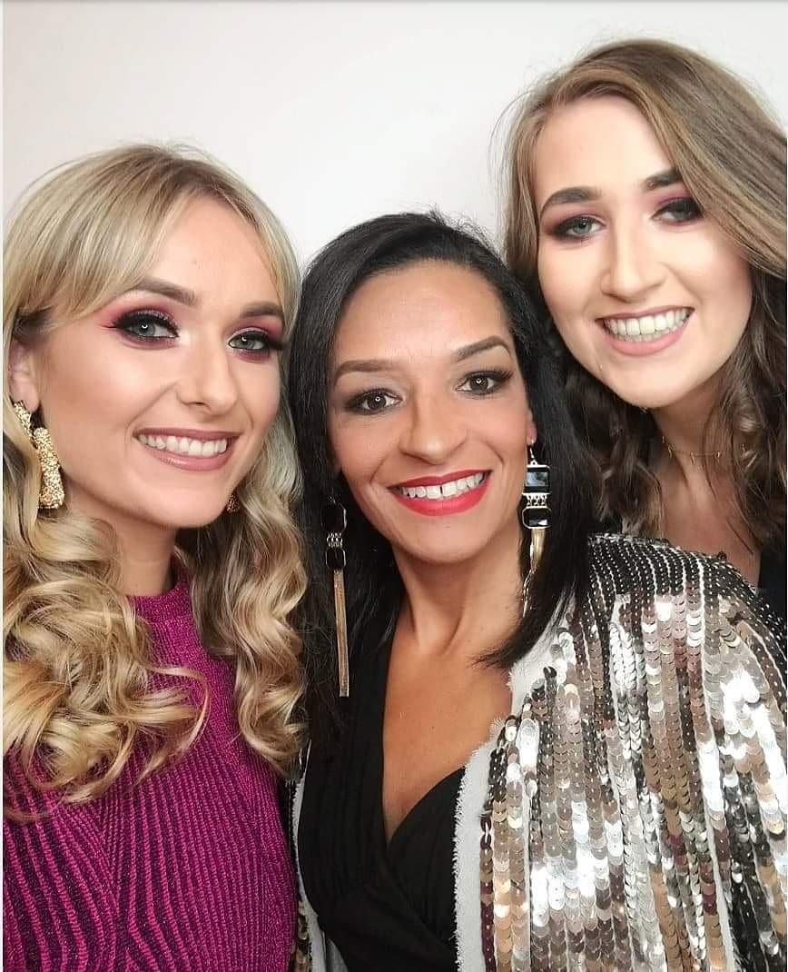 EXCITED to be @beautie awards with my wonderful company @FuschiaEffect 🎉  #thefuschiaeffect #Beautawards18 https://t.co/BMBIN1OodU