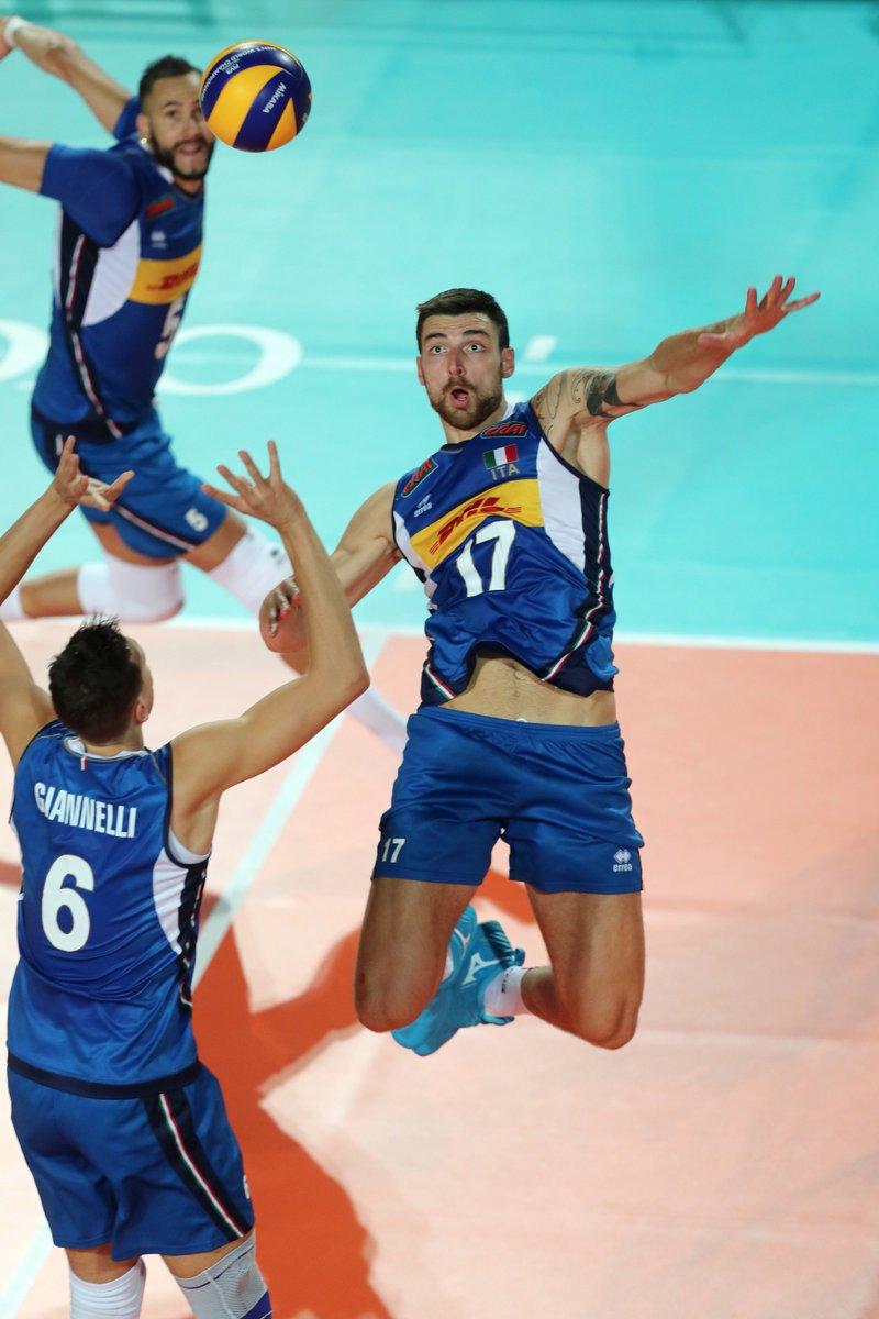 Volareee oh oh #LaNazionale #ErreàSport #VolleyballWChs #ItaliaGiappone  - Ukustom
