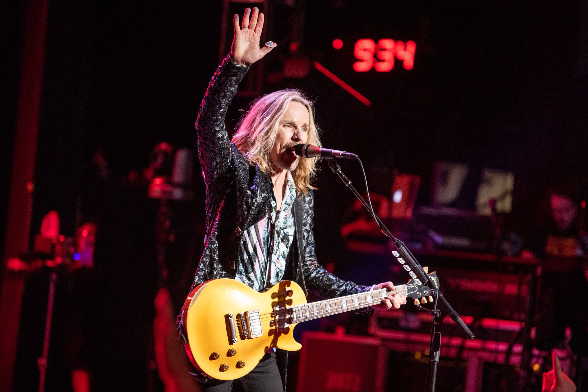 Happy birthday to very own Tommy Shaw!