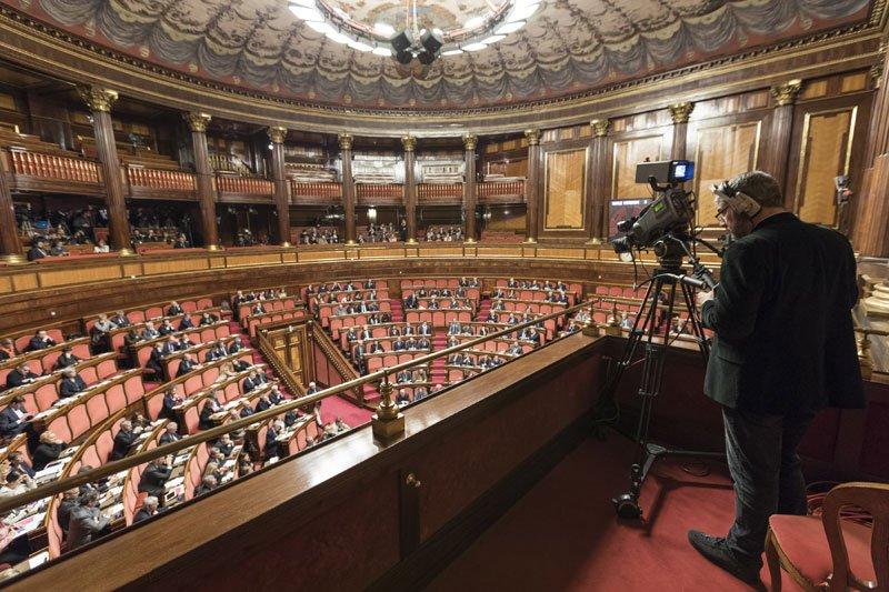 #OpenSenato. Aula, la seduta è aperta. Ordine del giorno:  http:// www.senato.it/Leg18/2767 Diretta #SenatoTV: https://t.co/zT1kVuSJvR  - Ukustom