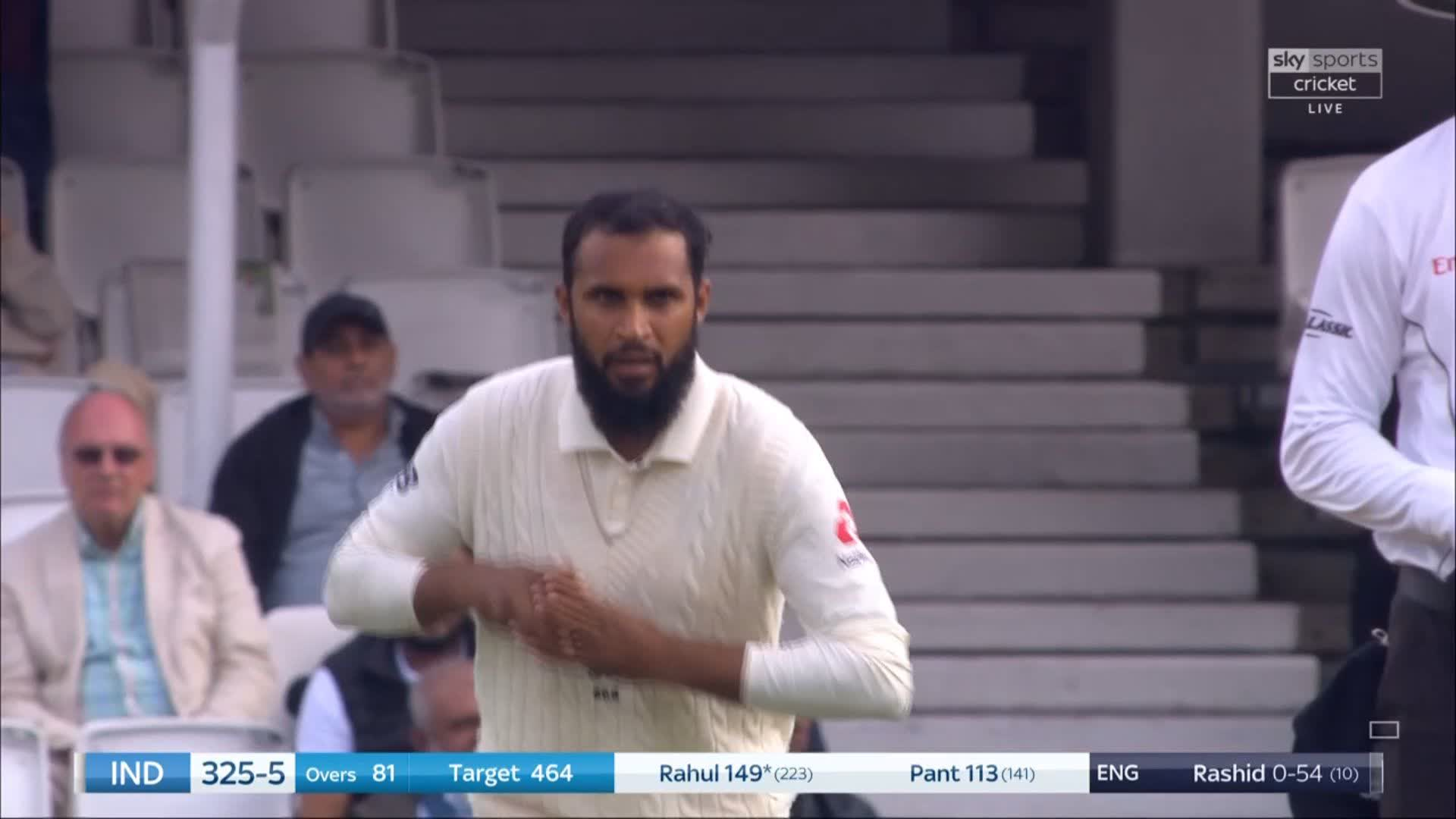 Insane spin from Rashid. #ENGvIND ��  https://t.co/sYTl2PwSSR