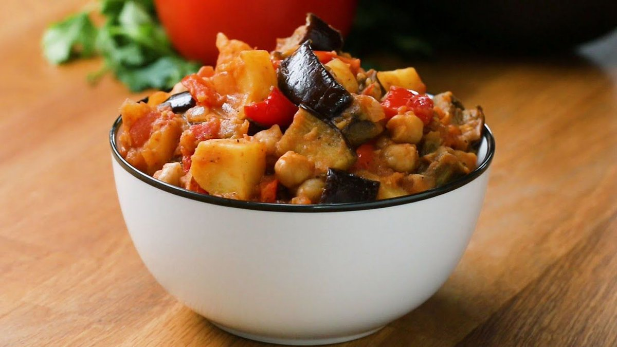 Tasty Tuesdays! Eggplant Potato Tomato Stew #yum #tasty   https://t.co/5sNGzjtFcv https://t.co/krsHw7QTPh