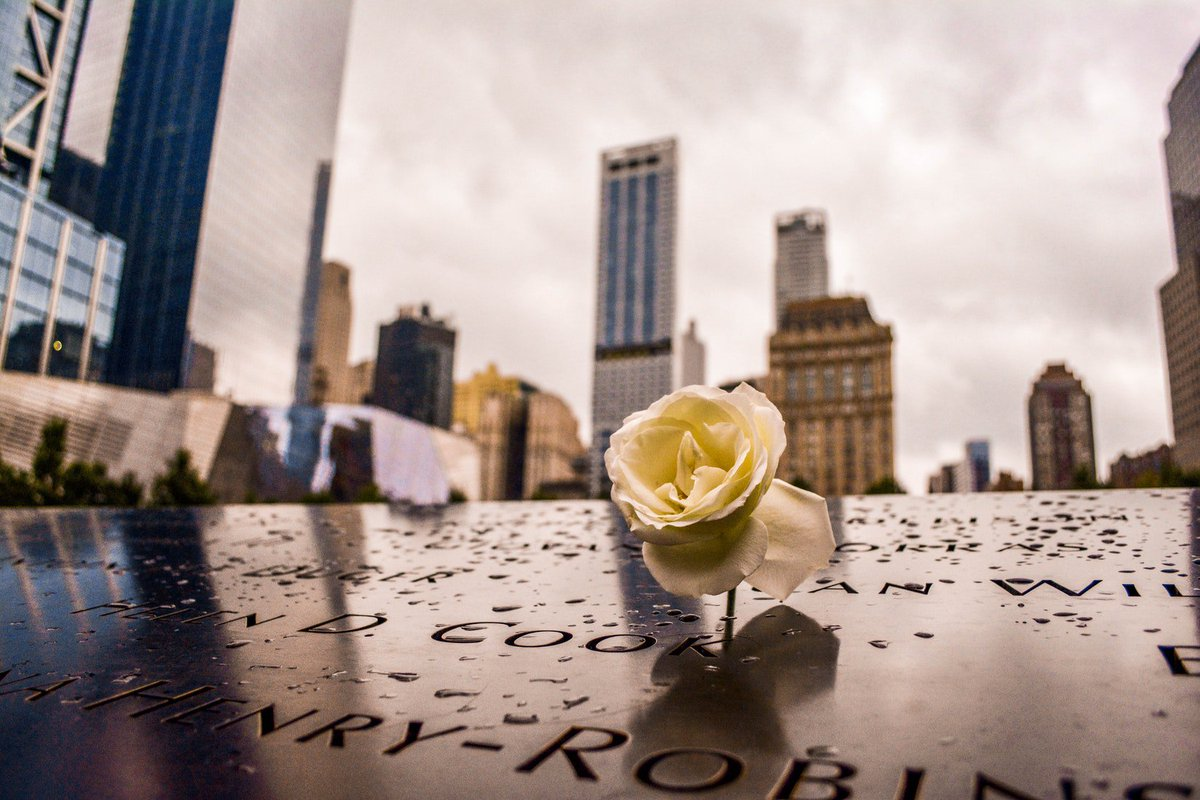 Today we remember and honor all of the innocent souls and heroes we lost 17 years ago today. 🇺🇸 #NeverForget