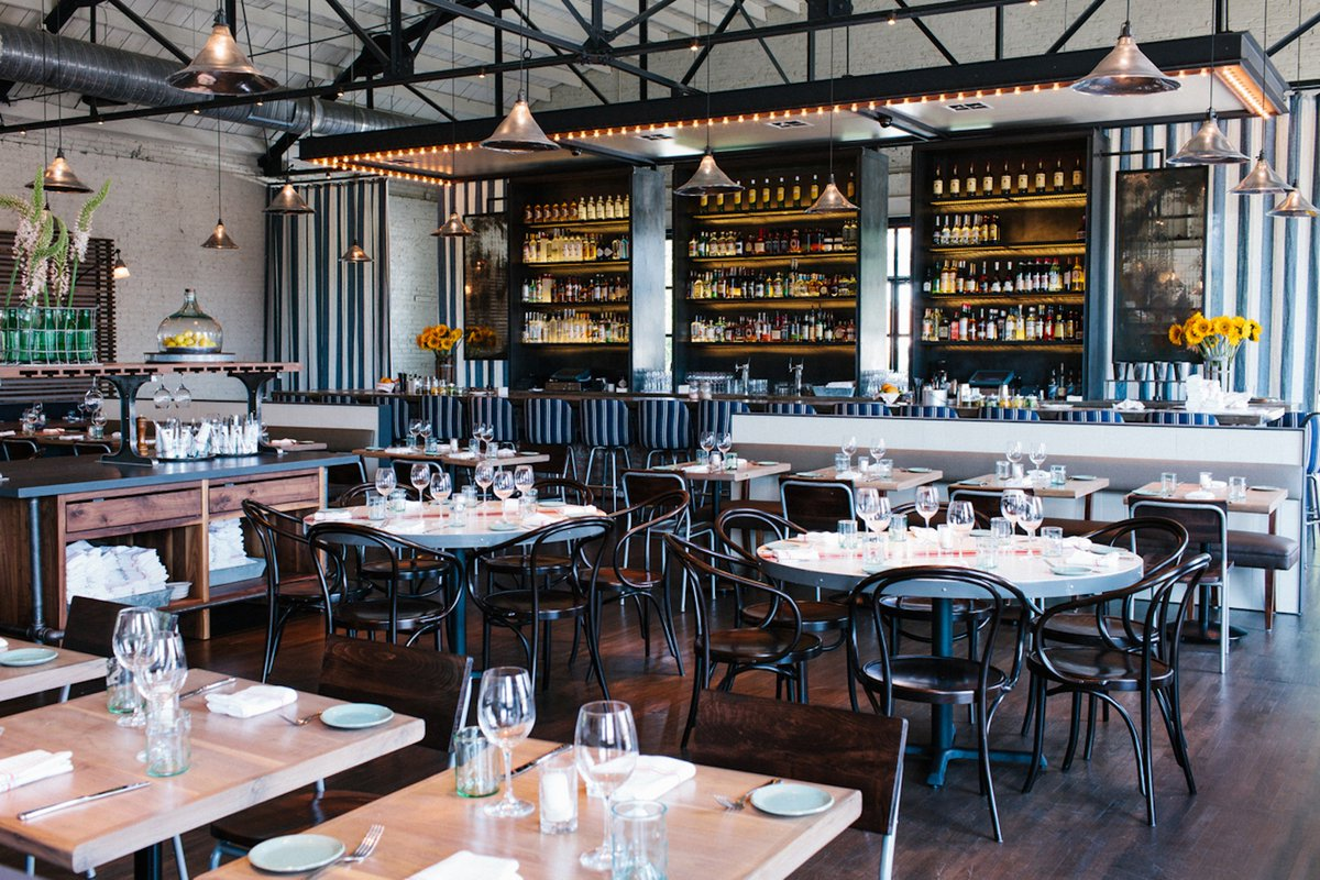 Where to eat with a big group in Atlanta: bit.ly/2x4A9gU