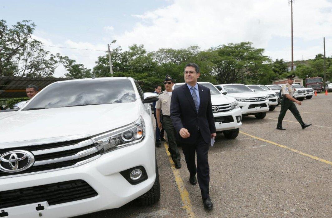 @Presidencia_HN Y si no hubiera comprado todos estos carros, cuantos más?