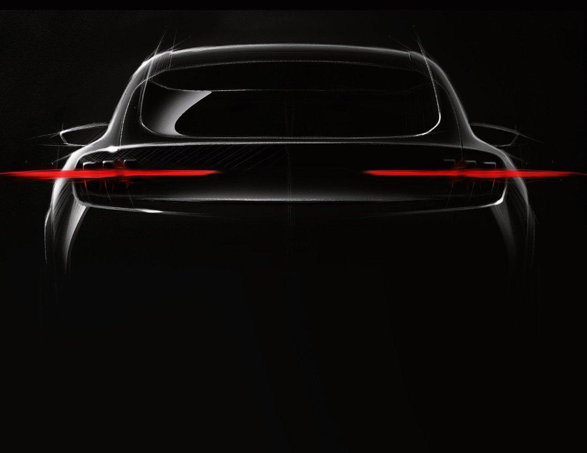El Ford completamente eléctrico, inspirado en Mustang, llegará en 2020 con una autonomía de casi 500 kilómetros. https://t.co/Wozha6dBv8