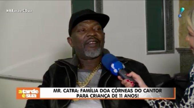 Mr. Catra: Família doa córneas do cantor para criança de 11 anos! 🙏 #ATardeESua Foto