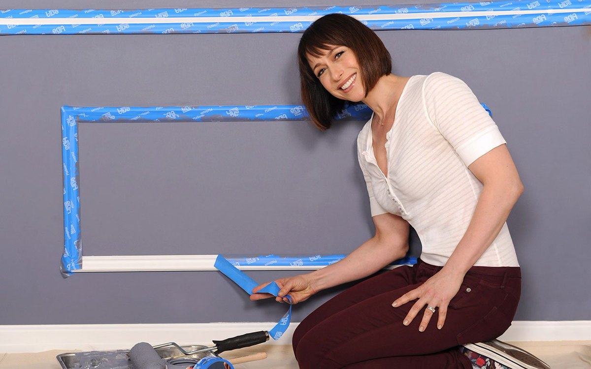 #TradingSpaces Latest News Trends Updates Images - ParadeMagazine