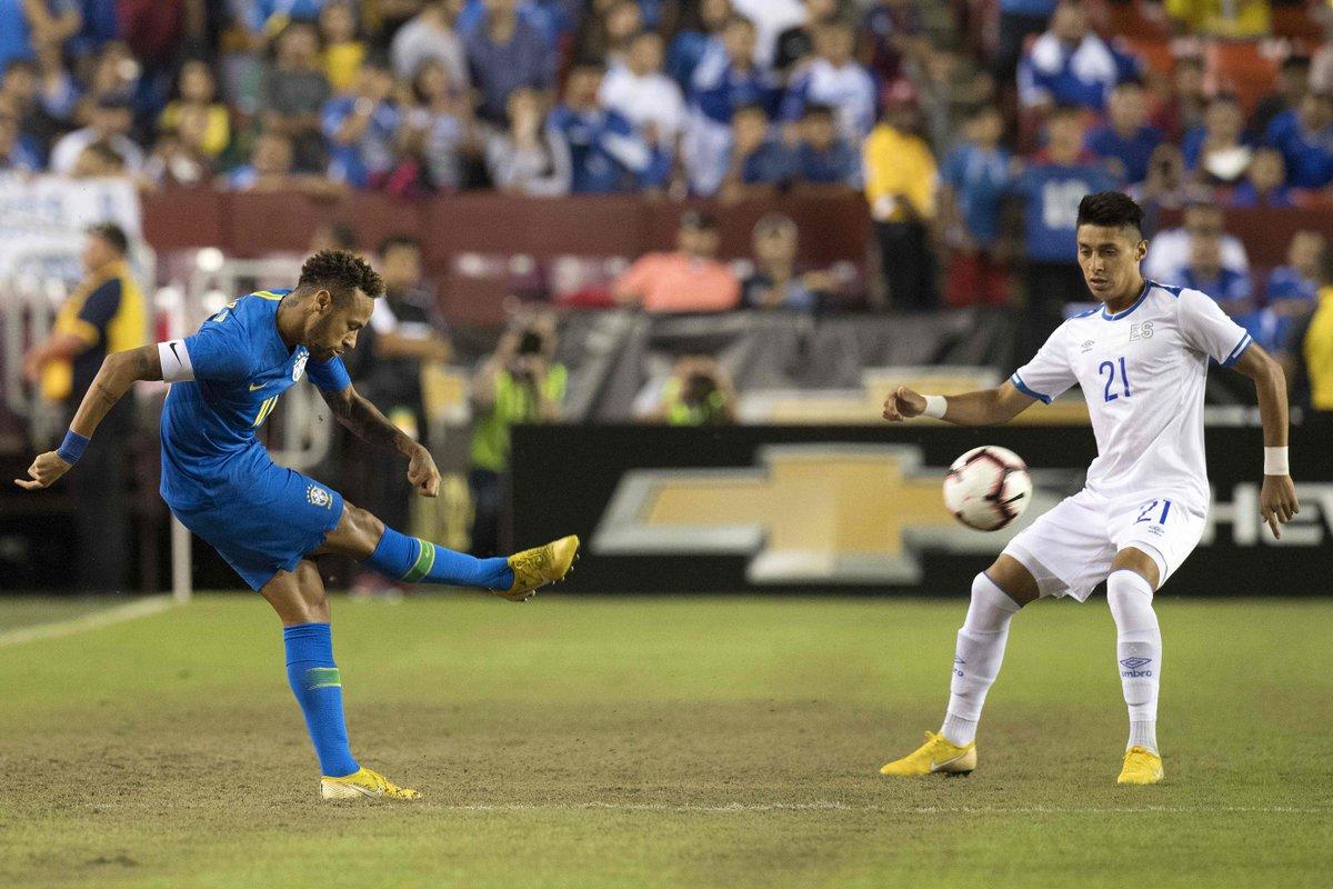 11-9-2018 - Amistoso El Salvador 0 Brasil 5. Dm3GYlKXoAEVhcG