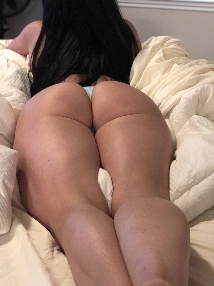 Kendra Lust  - in my bed vibes twitter @KendraLust