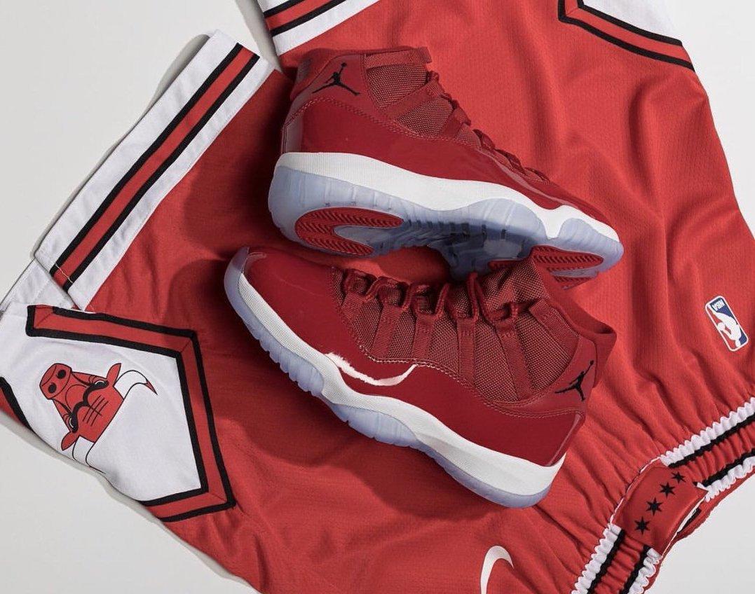 c41c84e7311a ... Air Jordan 11  Win Like 96     http   bit.ly 2x408pH Air Jordan 12   Michigan     http   bit.ly 2OayzBx 7AM PT 10AM ESTpic.twitter.com  UvpozUxT1d