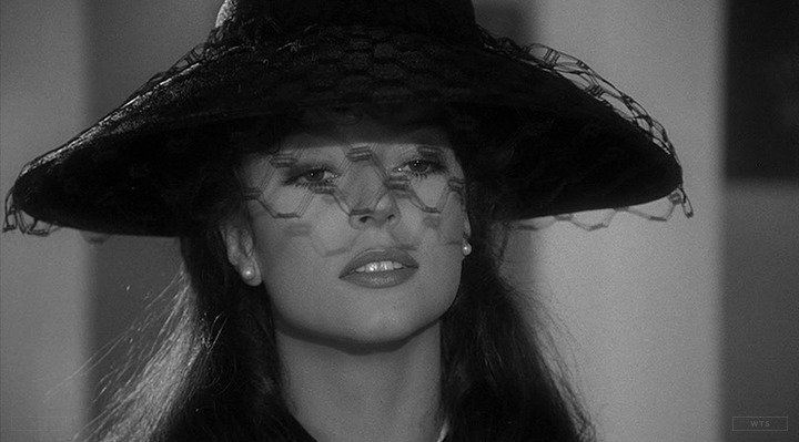Born on this day, Rachel Ward turns 61. Happy Birthday! What movie is it? 5 min to answer!