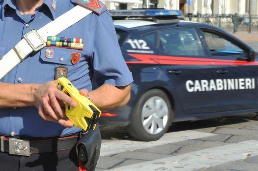 Taser usato per bloccare un uomo nudo in strada, è la prima volta a Firenze https://t.co/JAW3iTAC0j