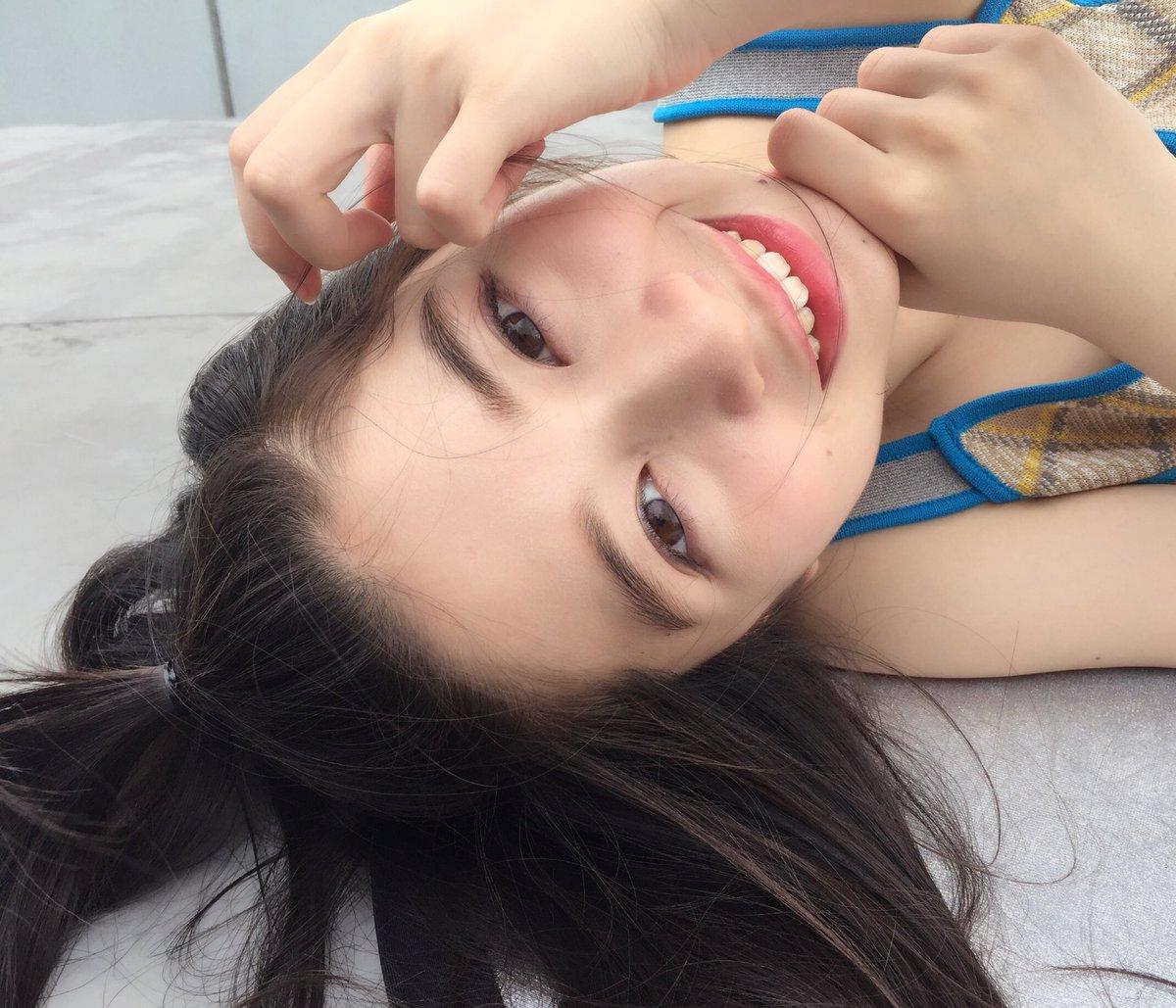 満面の笑顔の桜田ひより