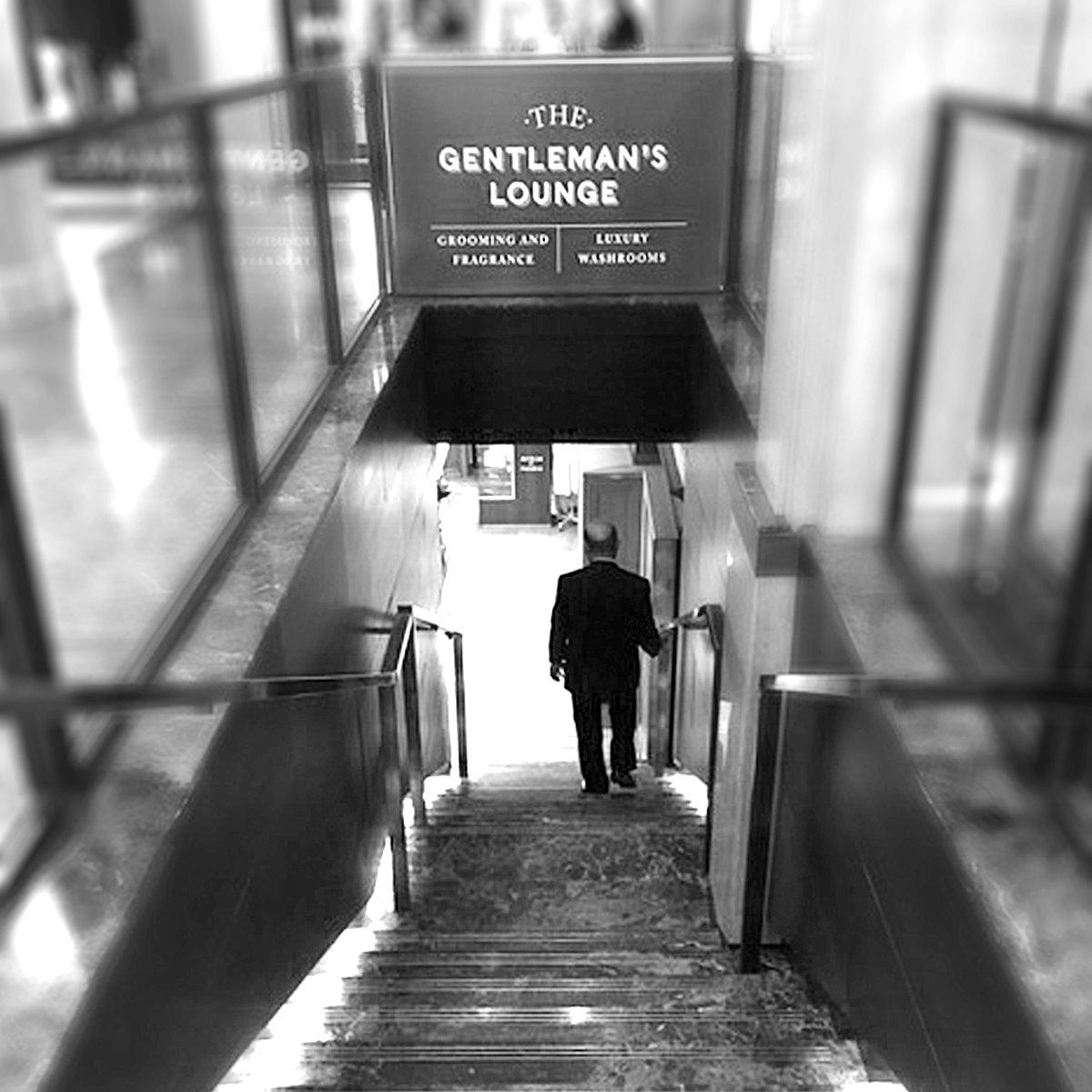 Bolin Webb On Twitter Visiting London Find Us In The Gentleman S Lounge At Harrods Gentleman Gentlemen Gentlemenslounge Harrods Departmentstore Luxurygrooming Mensgrooming Shopping Giftsformen Luxurygifts Luxurygiftsformen British