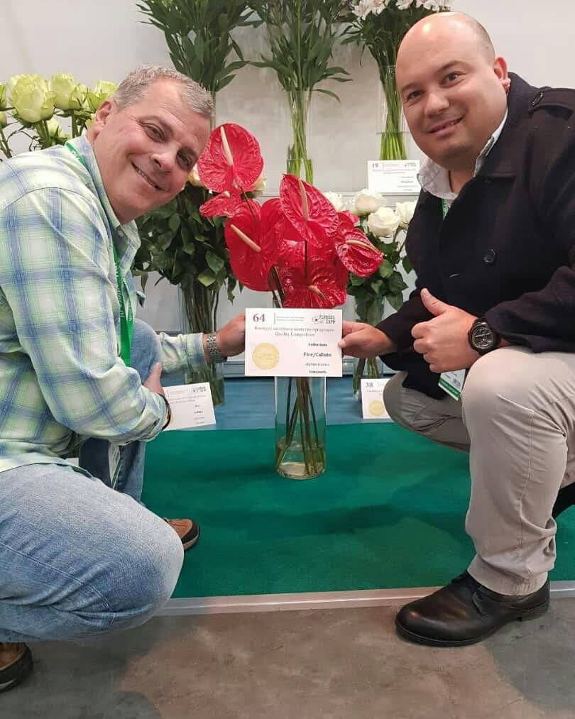 Venezuela recibió premio internacional de la flor de mejor calidad en Feria Internacional de Moscu Dm56B7JX4AEdLnk