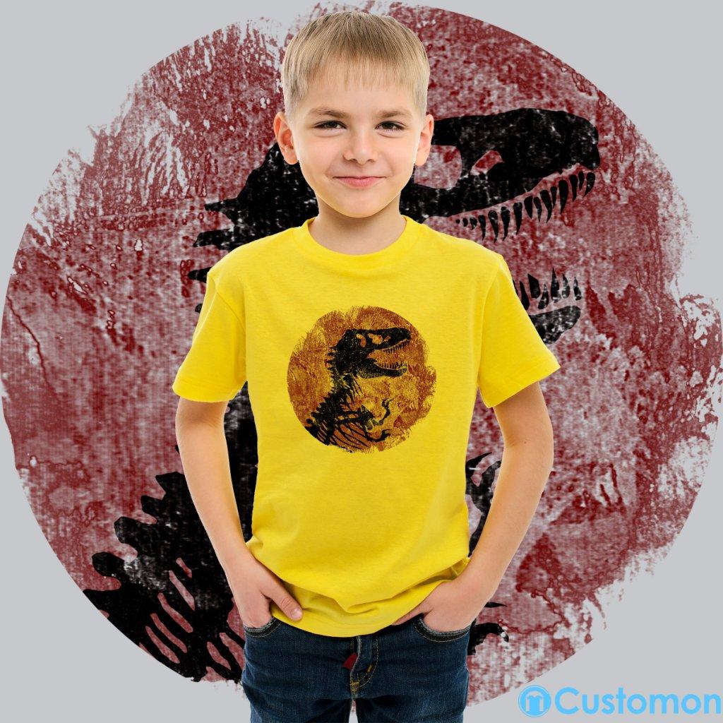 bbfc79ce1 #jurassic #jurassicworld #park #jurassicpark #rex #fallen #kingdom  #jurassiclogo #trex #kidsfashion #youthtshirt #tshirt #kidozi #kingdom  #funny #vintage ...
