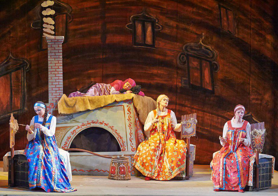 растущая луна картинки на оперу о царе салтане кто поспорит