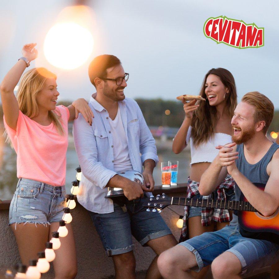 Во друштво, со храна, со цевка или музика...  Како ти ја пиеш твојата Cevitana?  #Cevitana https://t.co/70C6niLRPP