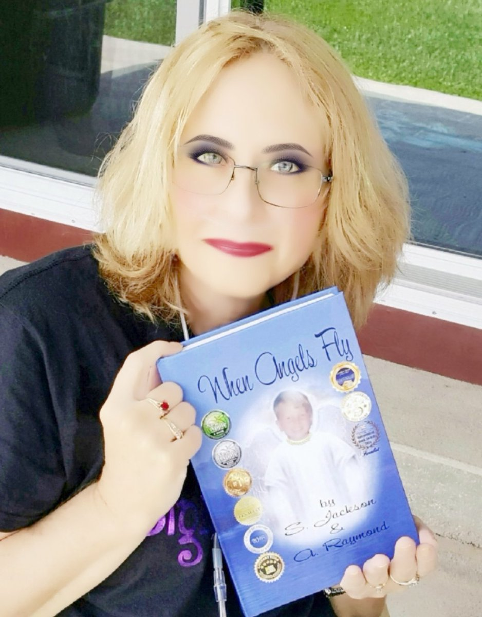 #Adulthoodin4Words THIS BOOK IS HEART-WRENCHING! tinyurl.com/y7fta5h4 #RRBC #Kindle #bookplugs #ChildhoodCancer #BookBoost @readersfavorite @amazon #Love #God #Jesus #inspiring @NewAppleAwards #momlife #IARTG #AuthorUpROAR