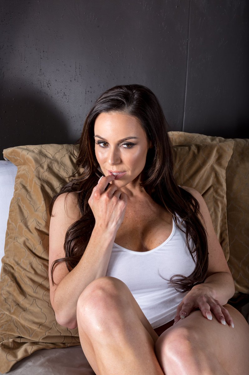 Kendra Lust  - When she wal twitter @KendraLust