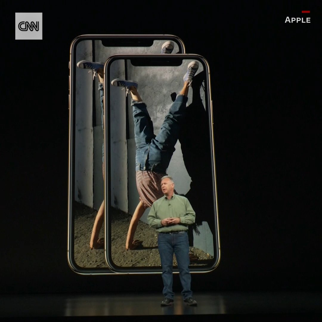 Meet the iPhone XS and the iPhone XS Max https://t.co/ZviBoF7QXA