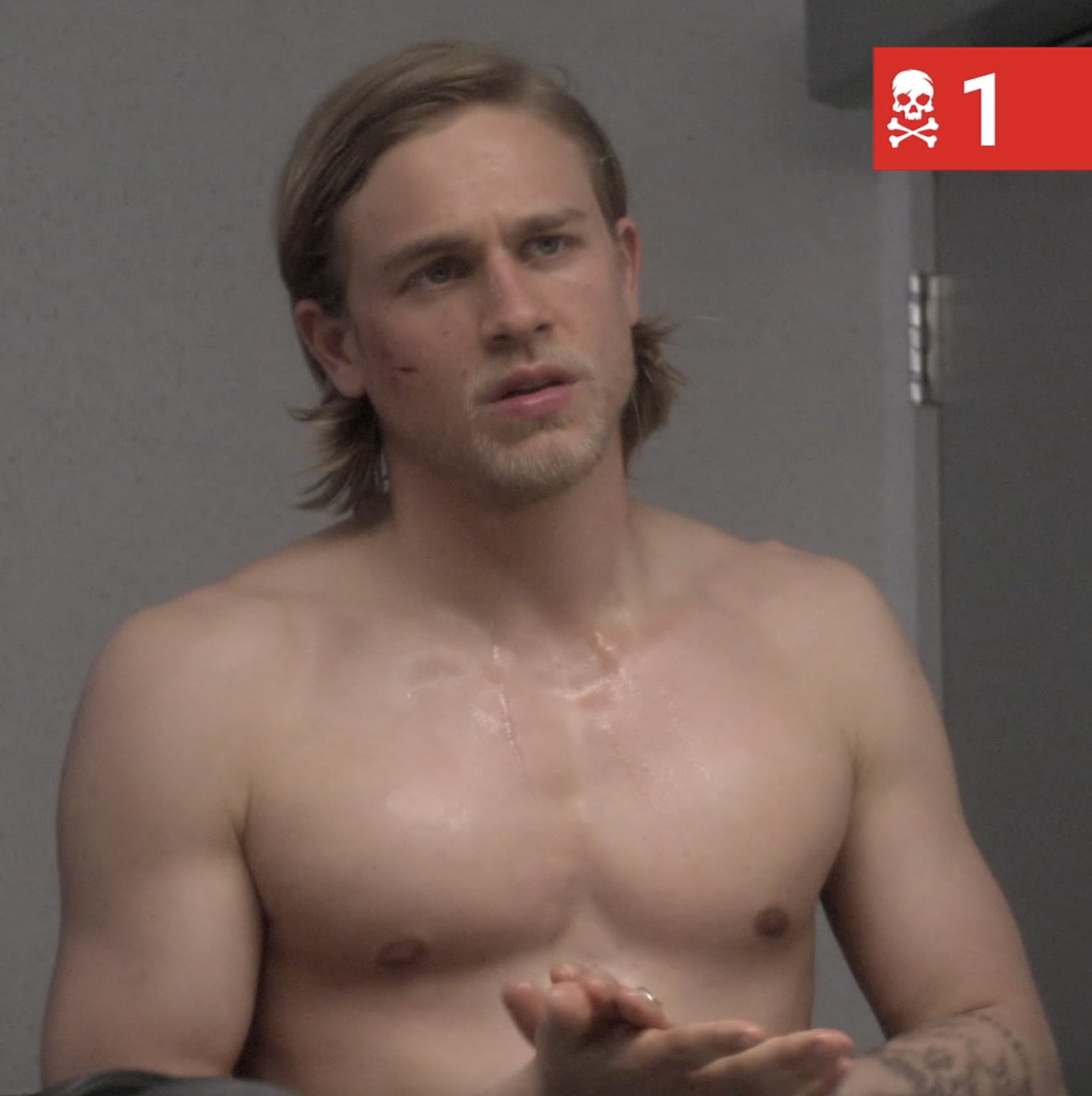 Here's every time Jax was shirtless on Sons of Anarchy. You're welcome. https://t.co/Yneec5q2Nq