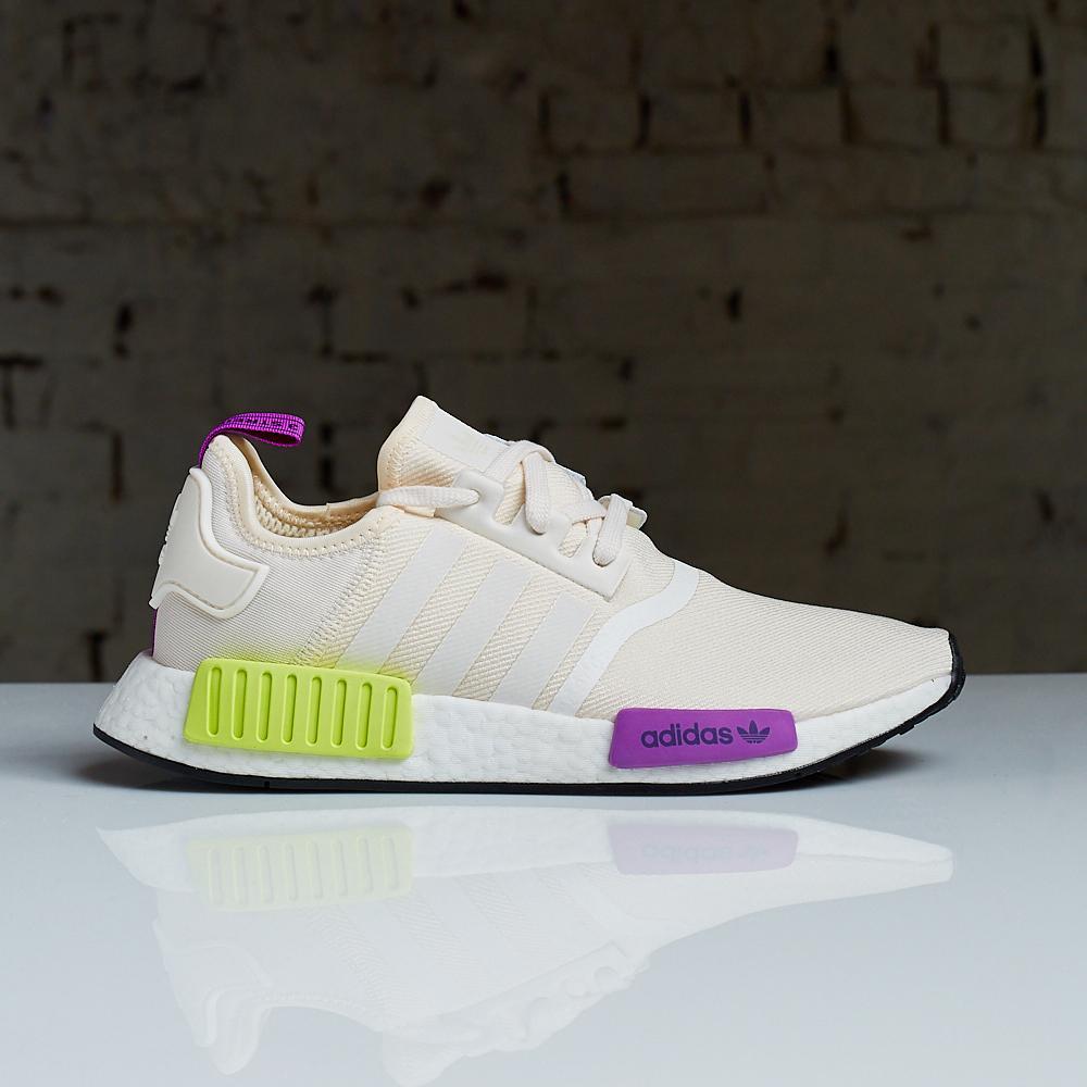 f5a7c11d33b Sneaker Shouts™ s Tweet -