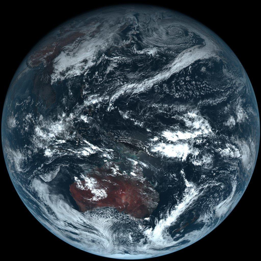 первое фото земли из космоса невод