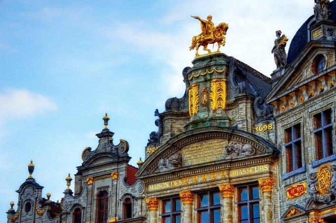 Bonjour ! On démarre ce #JeudiPhoto spécial #JEP2018 avec cette superbe photo de Bruxelles signée Jim Nix Photo