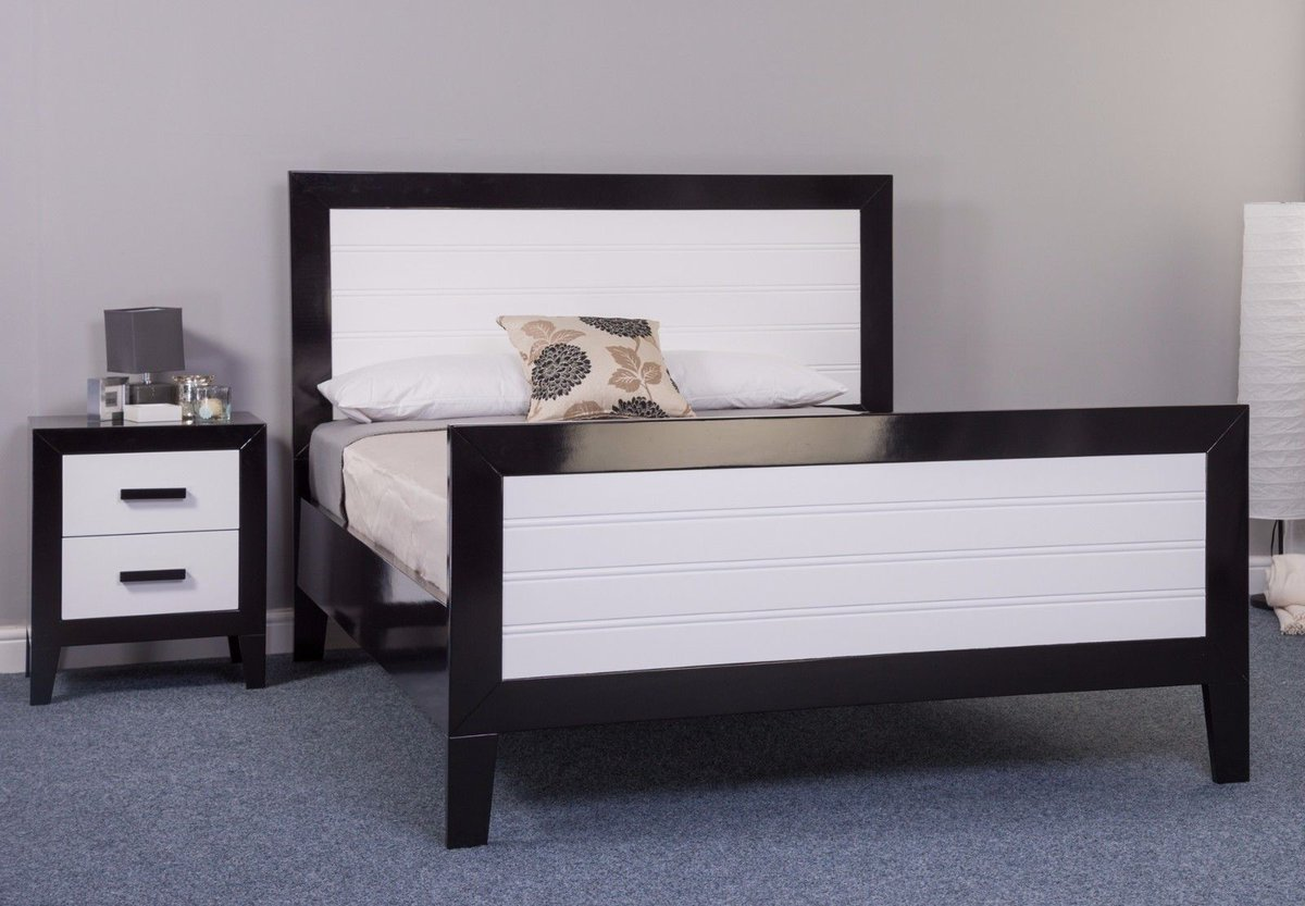 Knight Furniture On Twitter The Mode Black White Solid Wooden