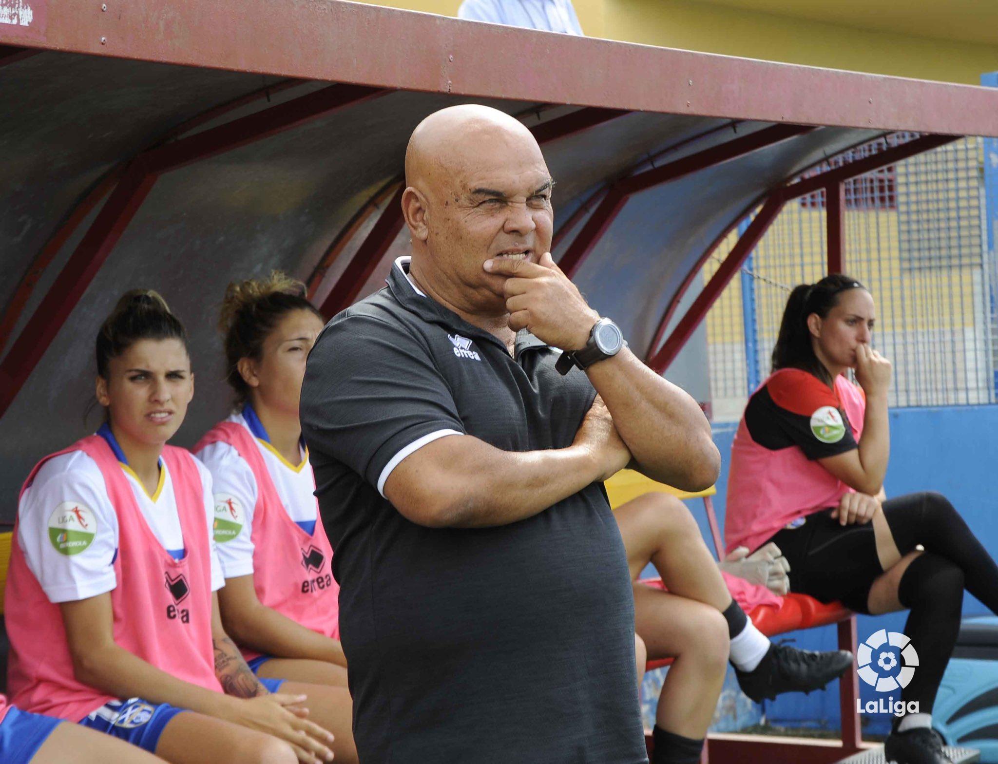 Tony Ayala, entrenador de la UDG Tenerife.