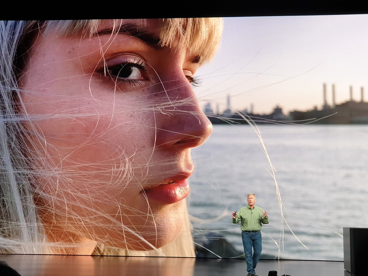 Photos shot on a iPhone Xs. Apparently untouched and without any external light sources #AppleEvent https://t.co/Zo5tgDX4Mm