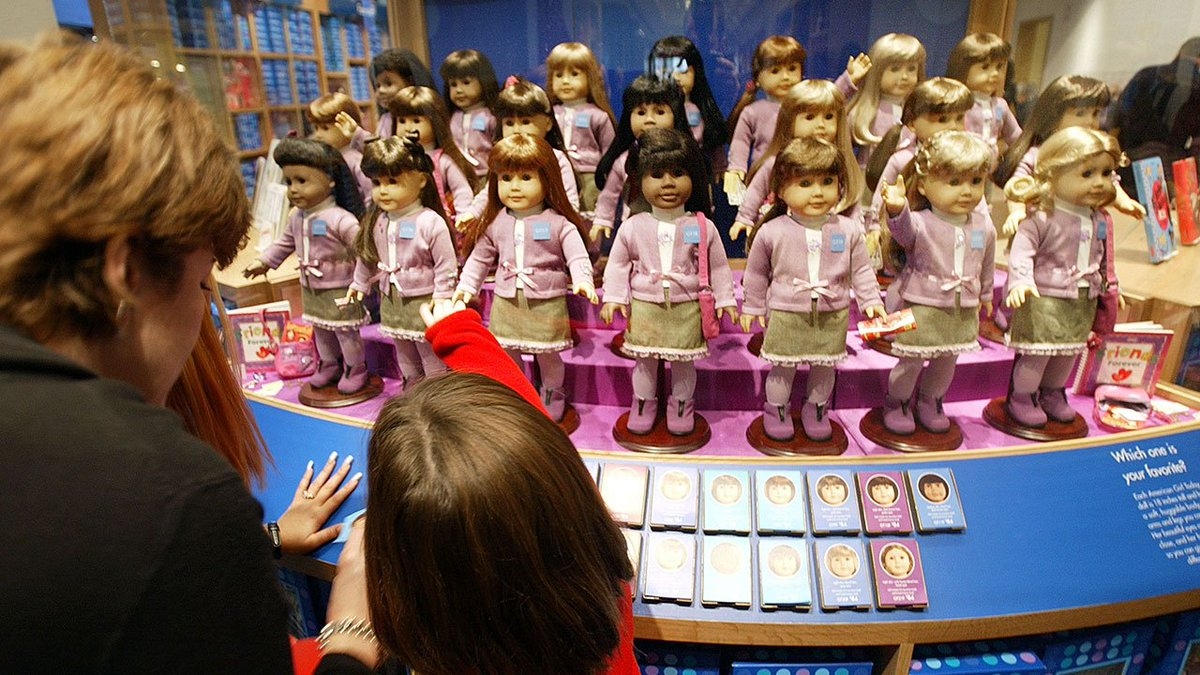 .@American_Girl dolls and #TickleMeElmo are finalists for this year's National Toy Hall of Fame.  http:// bit.ly/2p0Q8sL?utm_so urce=twitter&utm_medium=social&utm_campaign=snd&utm_content=kprc2  …  #kprc2<br>http://pic.twitter.com/IpYE8XnqOd